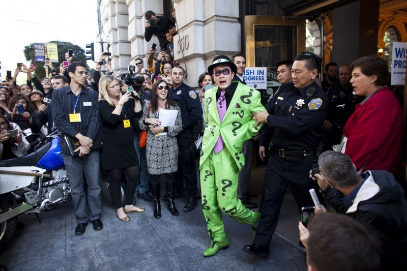 Police capture the Riddler. Photo: Getty.