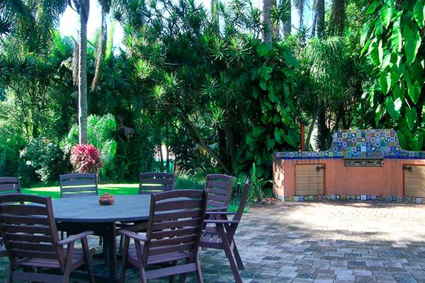 Beautiful-Accommodation-Byron-Retreat-Luxury-Accommodation-New-South-Wales-600x400