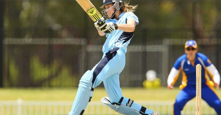 Ellyse Perry of NSW plays a pull shot.