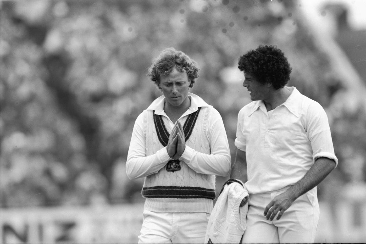 Australian captain Kim Hughes (left) and Mike Whitney in 1981.