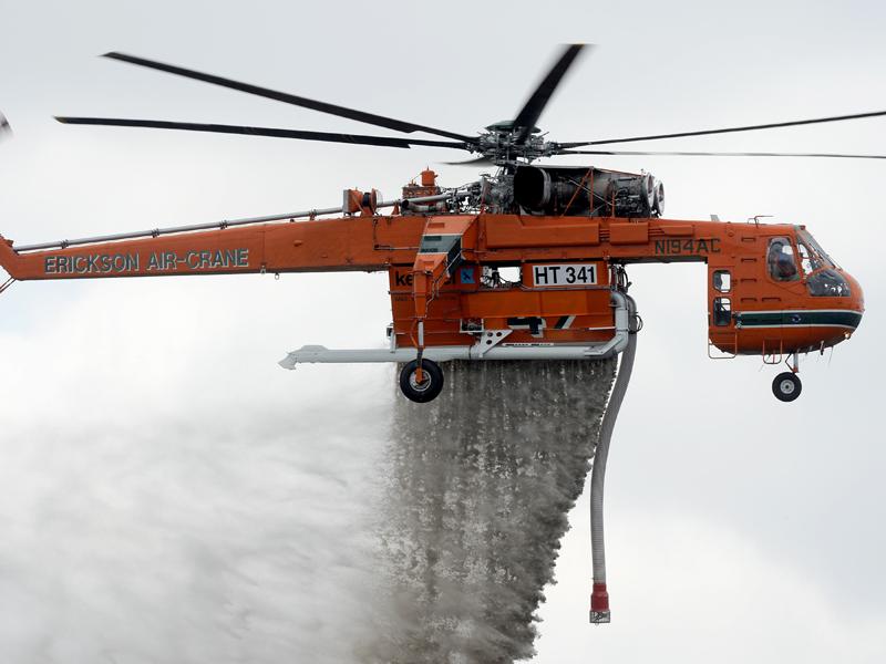 An Aircrane demonstrates its water bombing skills