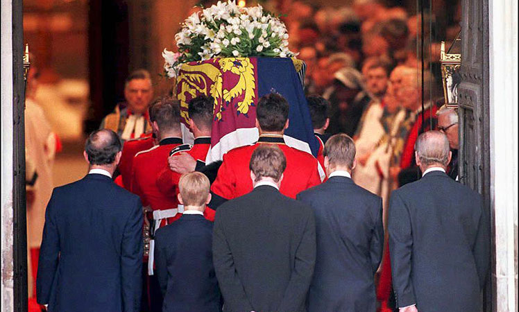 Princess Diana's coffin is carried into Westminster Abbey.