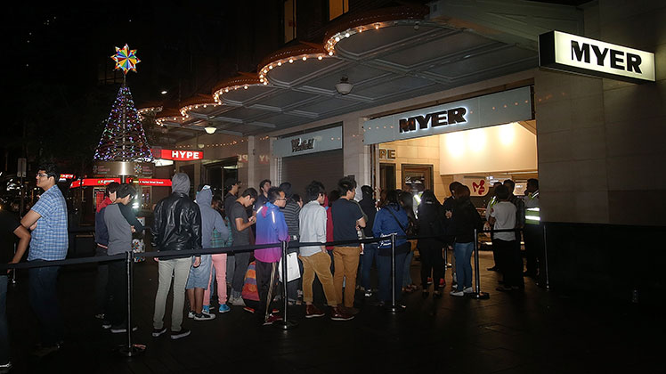 Shoppers queue outside Myer's Pitt Street, Sydney store on Boxing Day morning, 2012.