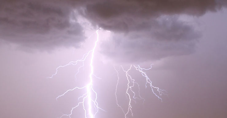 man killed by lightning in NSW north coast