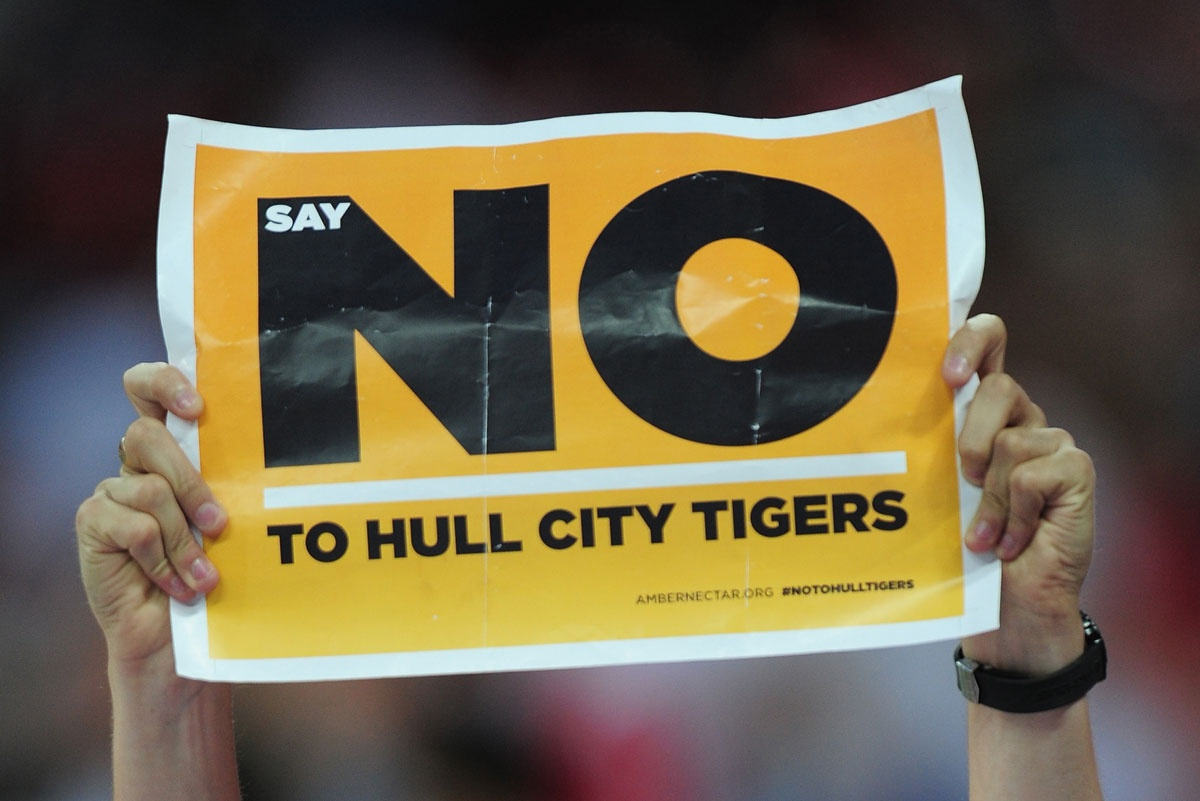 A Hull City fan makes his view clear.