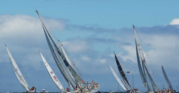 The Sydney to Hobart fleet heads out to sea.