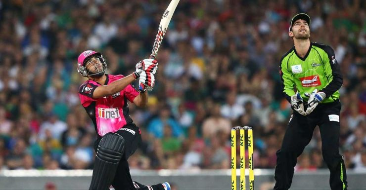Ravi Bopara hits out for the Sixers.