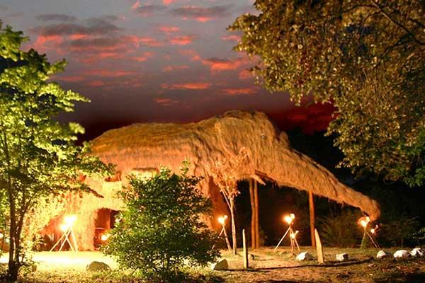 05-KumbukRiver---The-Elephant-Villa