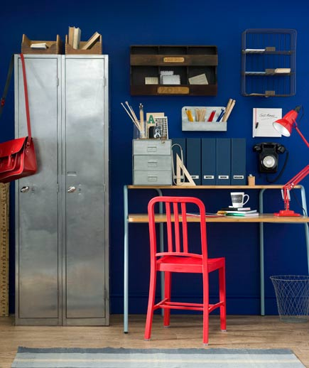 desk-red-chair_gal