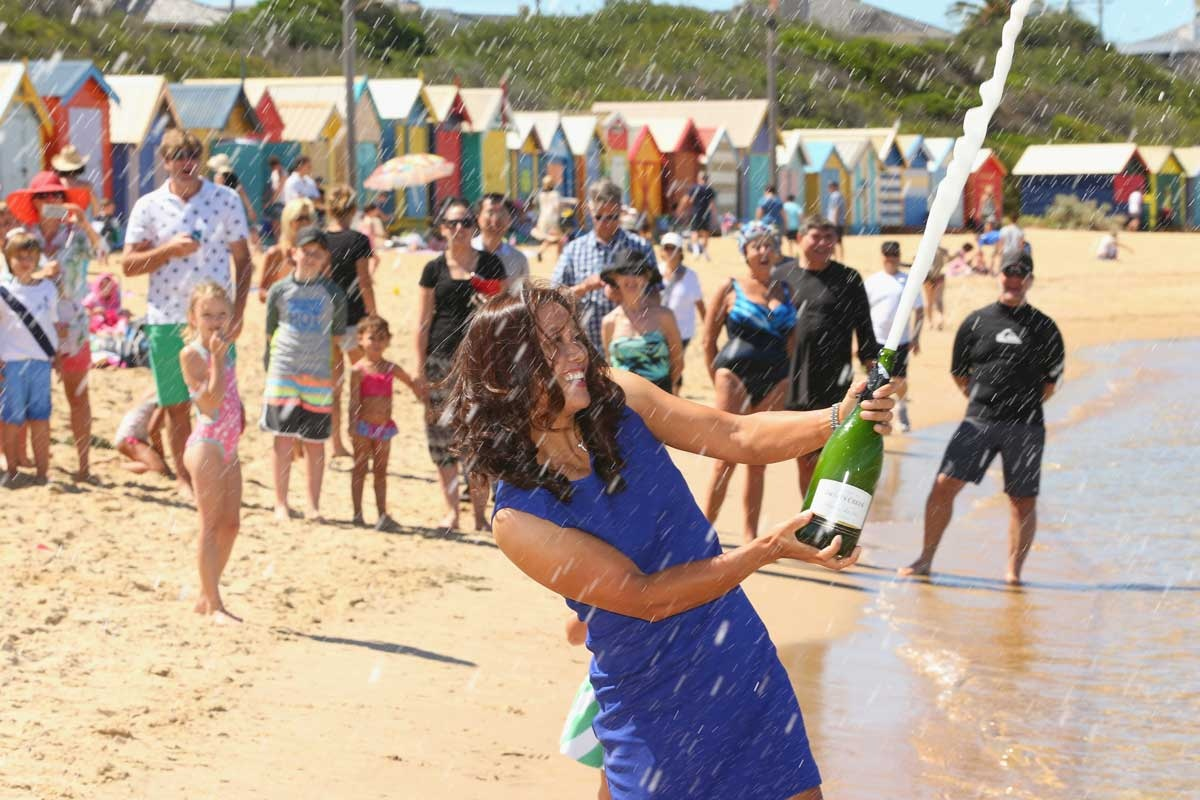 Li Na creates a splash on Brighton Beach.