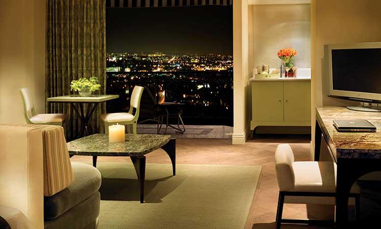 05Royal-Crown,-London-West-Hollywood-Suite