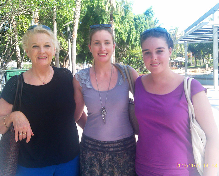 Jennifer (left), with her daughter and grand-daughter. Source: Supplied.
