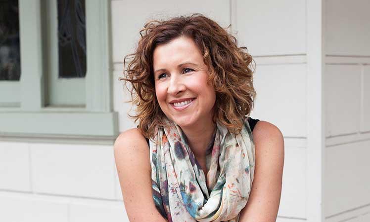 Amy Crawford is a corporate high-flyer turned holistic guru.