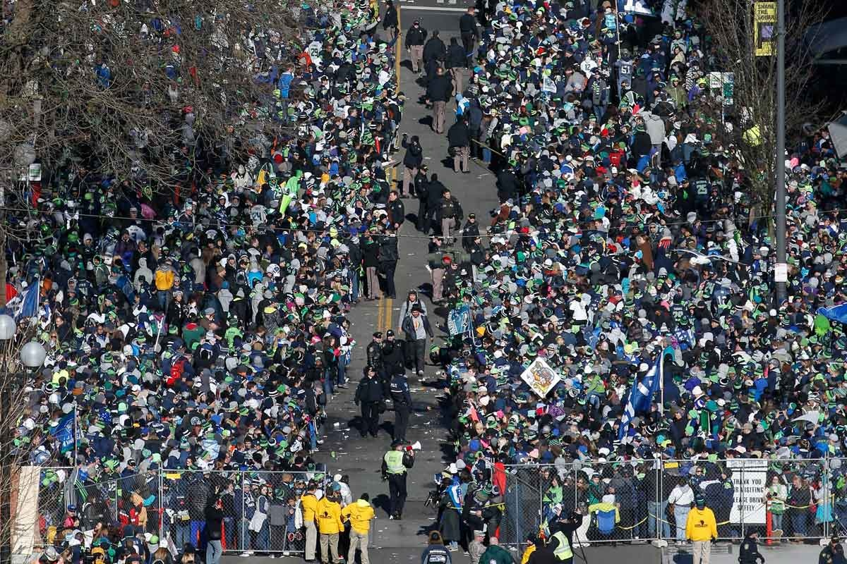 Part of the massive crowd that greeted the Seahawks.