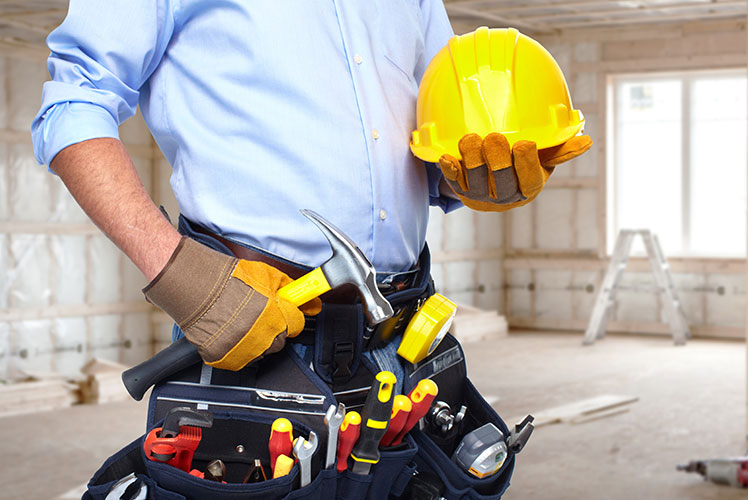 Builders and other tradies can benefit from family trusts. Source: ShutterStock.