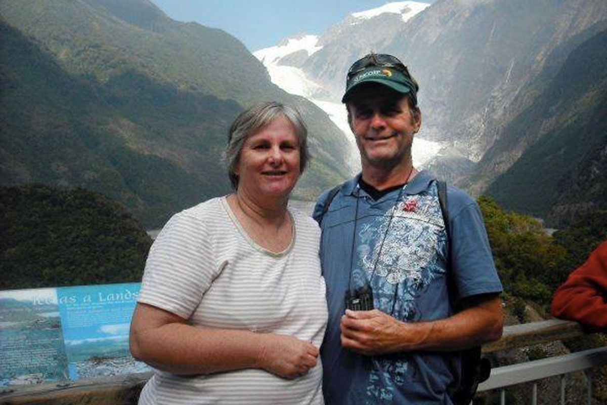 Missing Queensland couple Catherine and Robert Lawton.