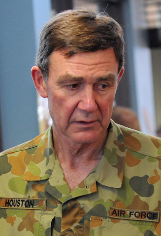 Angus Houston will co-ordinate the international search effort. Photo: Getty
