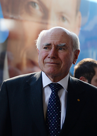 john howard and aussie battler family Little (white) aussie battlers nowhere is this more visible than in the enduring popular appeal of the 'little aussie battler' ideologically mobilised by john howard in his anti-'intellectual do-gooders' stance during the heat of the history wars during the 1990s.