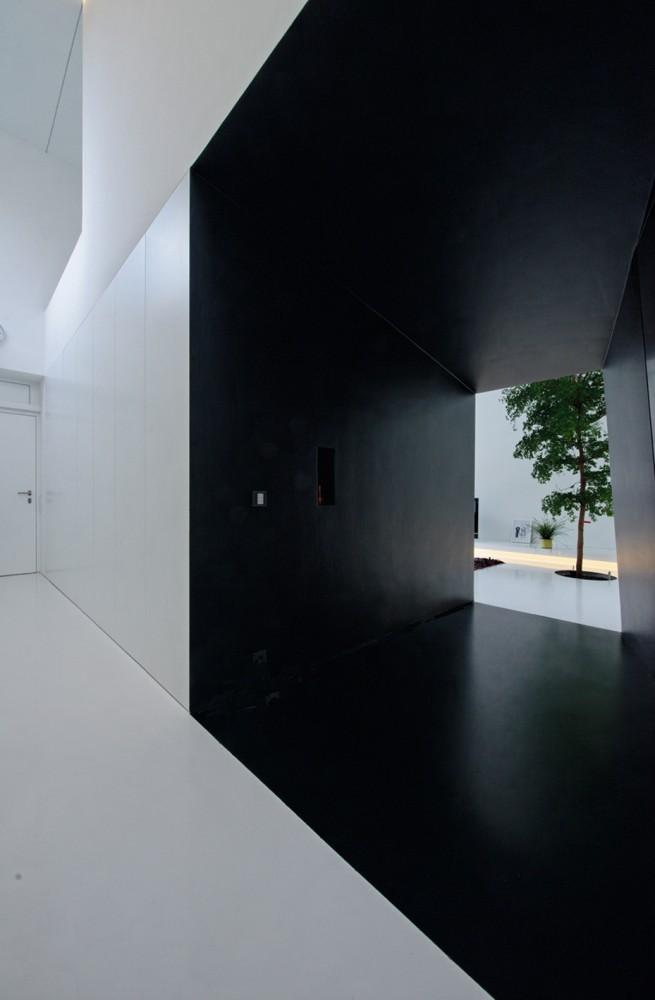 534ca26bc07a80f3510001ad_house-wz-bernd-zimmermann-architekten_bz_a-house-wz2_9-655x1000