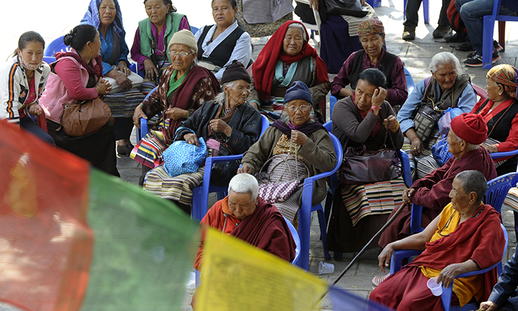 Relatives of Mount Everest avalanche victims wait for the mortal remains of their loved ones. Picture: Getty