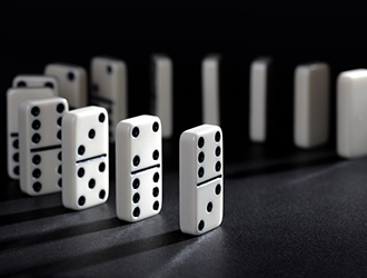 newdaily_180514_dominoes
