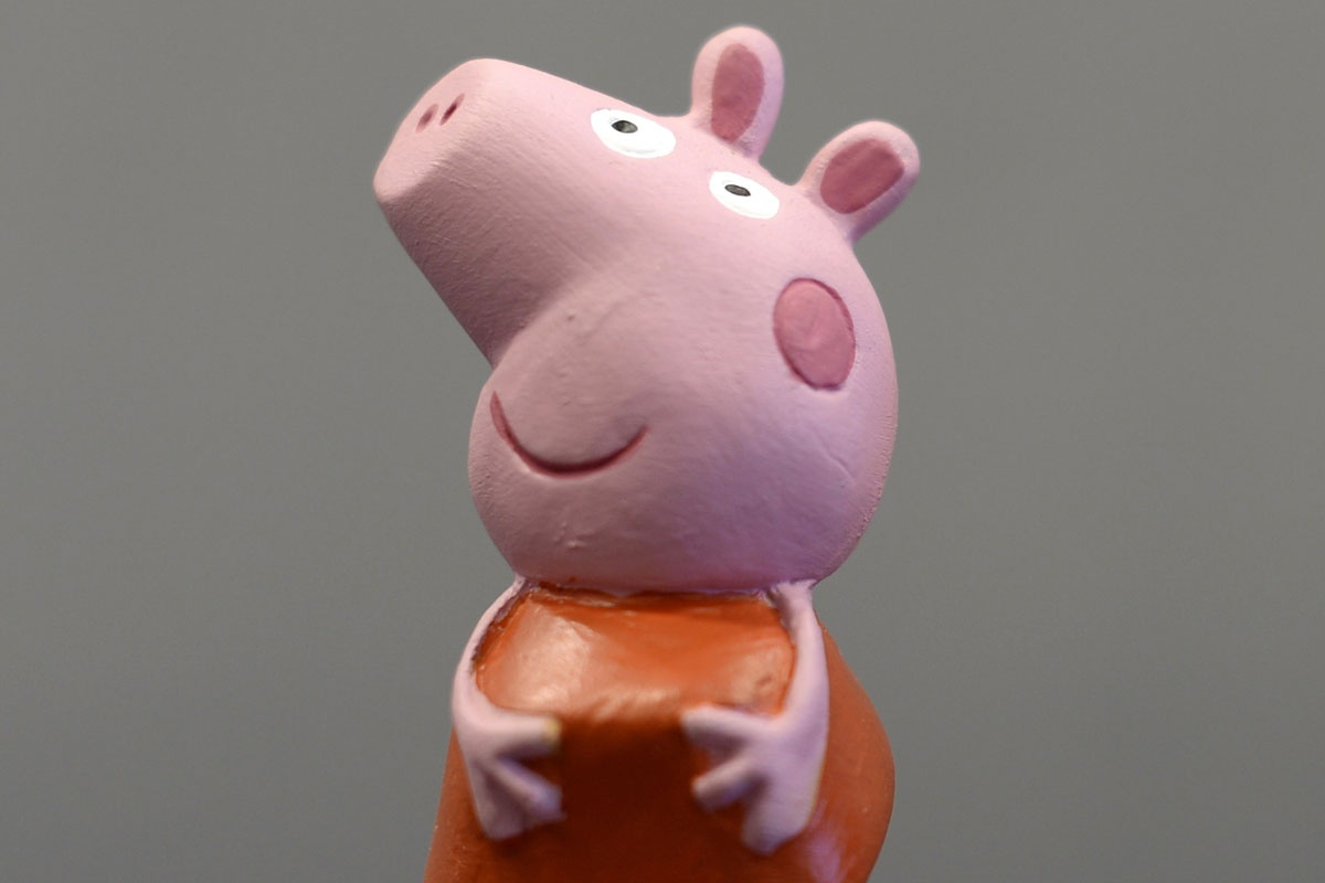 Peppa Pig banned on Chinese video site after becoming subversive 'gangster' icon