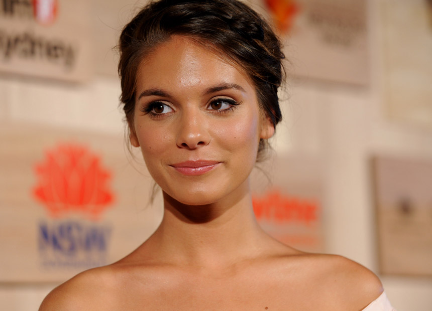 Caitlin Stasey Neighbours