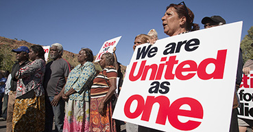Northern Territory Independent MP Alison Anderson (right) rallies with Yuendumu protestors outside the Parlimentary Legislative Assembly, in March 2011.