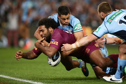The hand of Hayne: Thaiday is thwarted in the nick of time.
