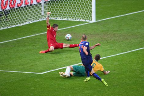 20th minute: Arjen Robben puts one past Mat Ryan. Photo: Getty