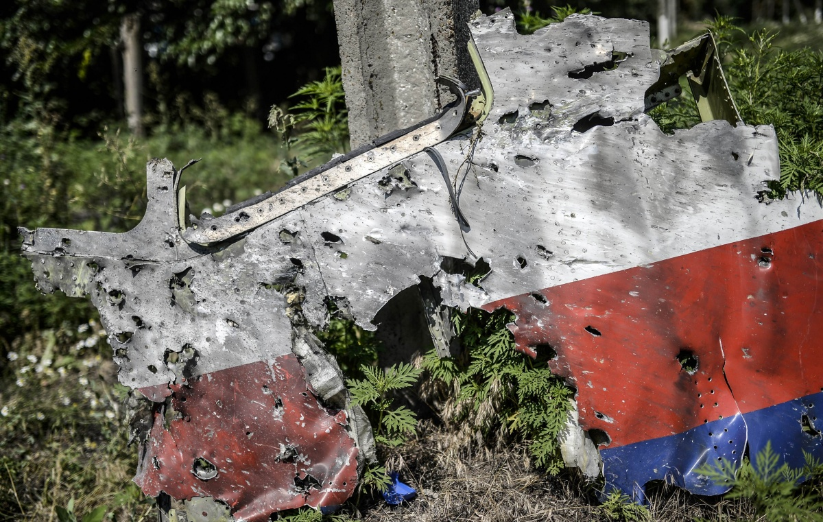 Possible shrapnel holes in MH17 fuselage. Source: AAP.