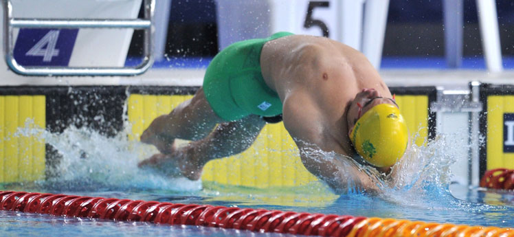 Ben Treffers sets off in the backstroke final. Photo: Getty