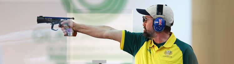 David Chapman, 49, won gold in his third Commonwealth Games attempt.