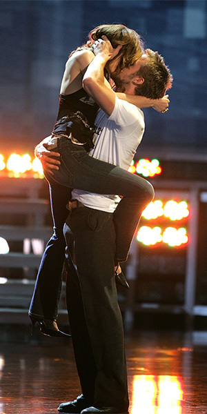 The former couple at the 2005 MTV Movie Awards couldn't keep their hands off one another. Photo: Getty