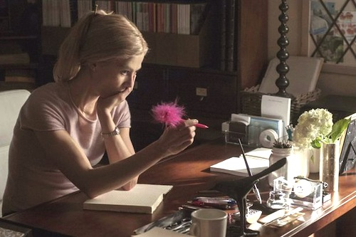 Rosamund Pike as Amy Elliott Dunne.