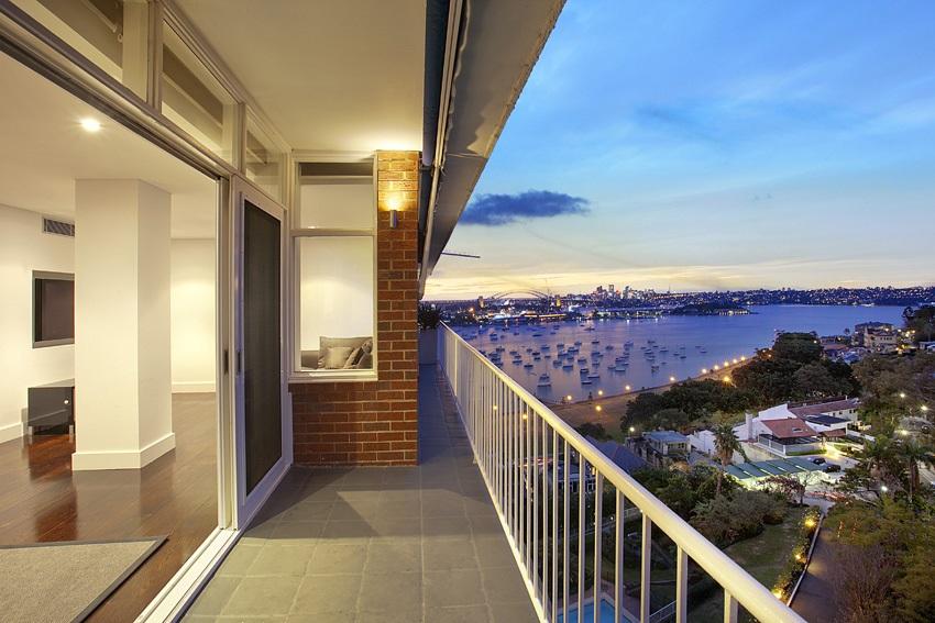 Yarranabbe Rd 115.11 balc view-dusk NEW