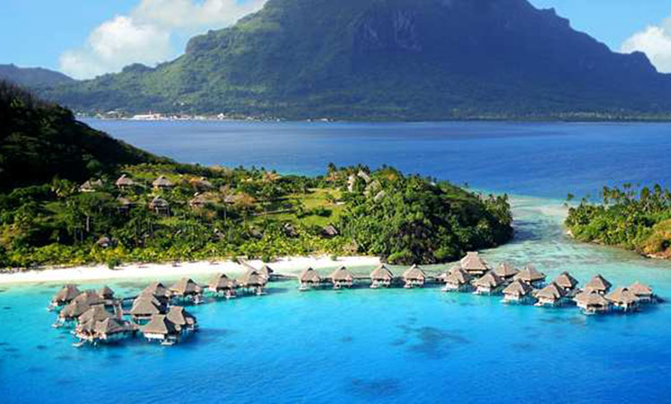 Overwater Bungalows In Malaysia Part - 23: The Natural Wonder Of Bora Bora Is Such That You Really Canu0027t Go Wrong With  Any Of The Overwater Bungalows Dotted Around Her Atolls, However Those  After ...