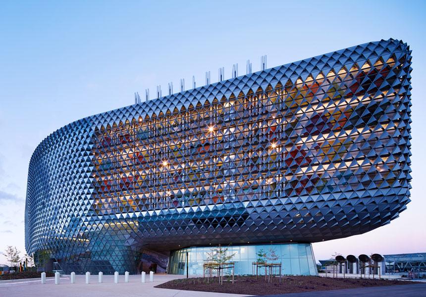 COOL-OFFICES-Public_WoodsBagot_SouthAustralianHealthandMe_PeterClarke