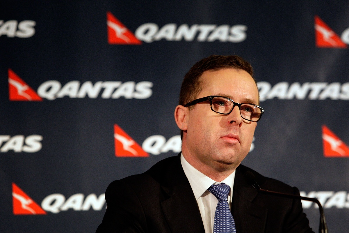 qantas workers international flights