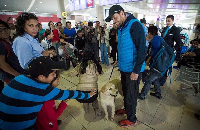 Arthur stray dog Ecuador Swedish Team Peak Performance
