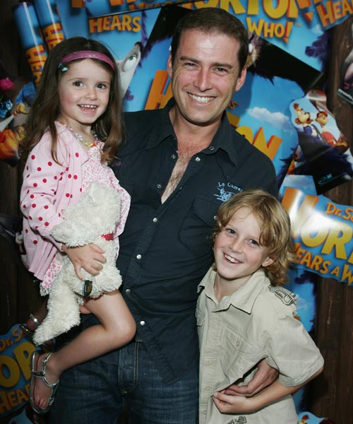 With children Ava and Jack.