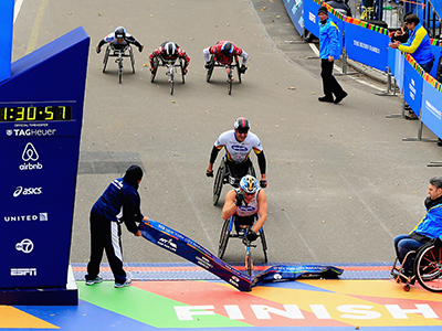 2014 New York City Marathon Kurt Fearnley