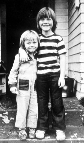 A young Leo (left) and his stepbrother.