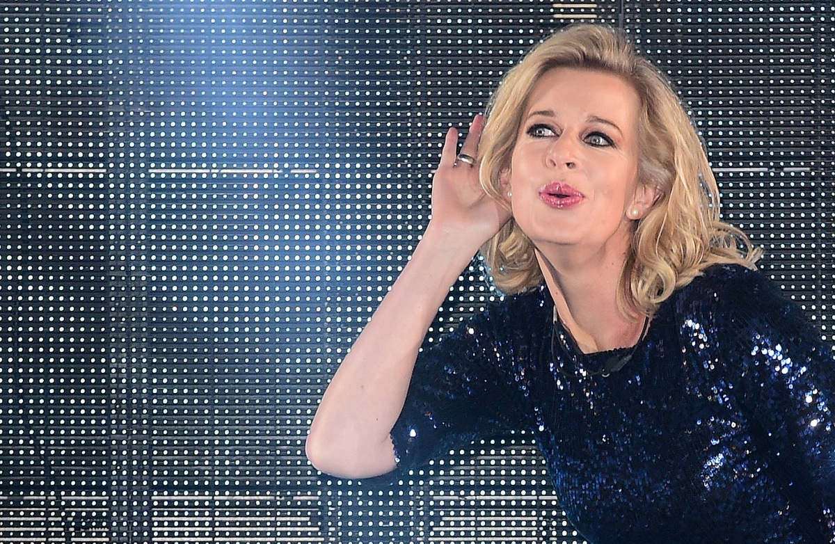 katie hopkins reported to police for asylum seeker column