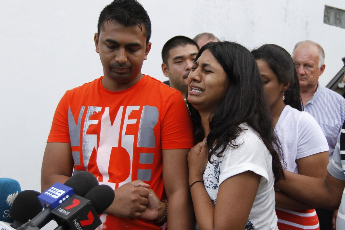 Myuran Sukumaran's brother Chinut and sister Brintha break down.