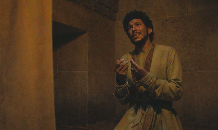 Wealthy nobleman Hizdahr zo Loraq is Dany's new husband.