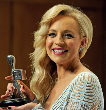 Carrie Bickmore with her Silver Logie for Most Popular Presenter.