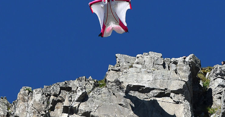 Getty, wingsuit, BASE jump