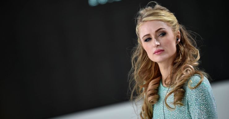 Paris Hilton wants to sue over plane crash prank | The New Daily
