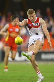 There was no shortage of Dan Hannebery disposals on the Gold Coast. Photo: Getty